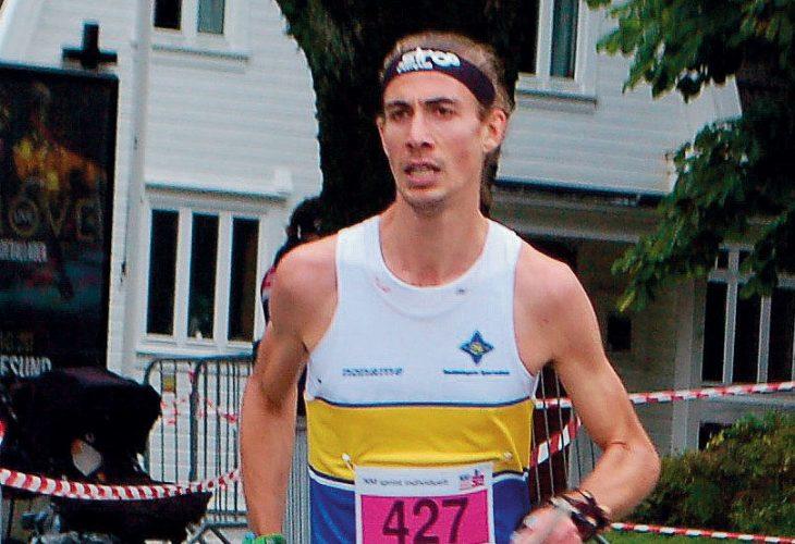 GULLØP: Henry McNulty kom til sprint-NM uten særlig spesialtrening. Det holdt likevel til NM-gull på den individuelle sprinten. FOTO: IVAR HAUGEN