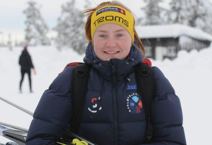 PAKKET SKIPARKEN: Idunn Strand fra BUL Tromsø måtte pakke med seg skiparken og reise sørover for å finne snø og skiforhold ei uke før NM på Lygna.