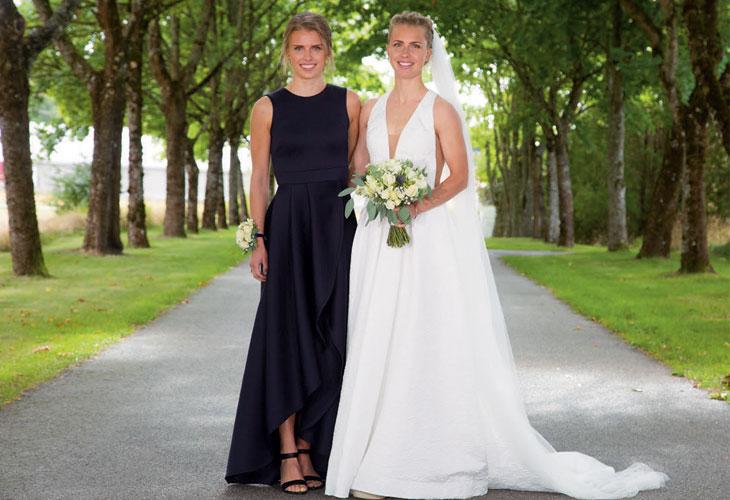 NÆRT FORHOLD: Søstrene Marie og Kamilla Olaussen (etter bryllupet - Steiwer) har alltid hatt et nært forhold. I VM skal de løpe stafett sammen. FOTO: PRIVAT