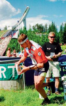 2001: Bernt ut fra start i v-cup parkorientering i Holmenkollen. Foto: NTB