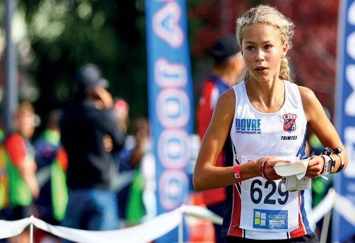 TO GULL: Ingrid Wollan Benum fra Byåsen gikk til topps både på sprinten og langdistansen i D14. FOTO: PER IVAR SKINDERHAUG